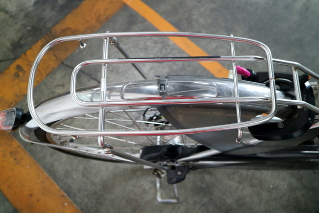 ★7001 PANASONIC 電動アシスト自転車 ビビ・DX 26型 内装3段変速 プラズマシルバー(BE-END636S) ★_画像5