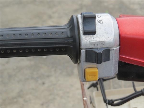 ☆HONDA ホンダ eve 50cc バッテリー新品交換済 動作確認済みですが 北海道岩見沢市引き取り限定 一般道路にて片道2~3時間程度無料配達可_画像7