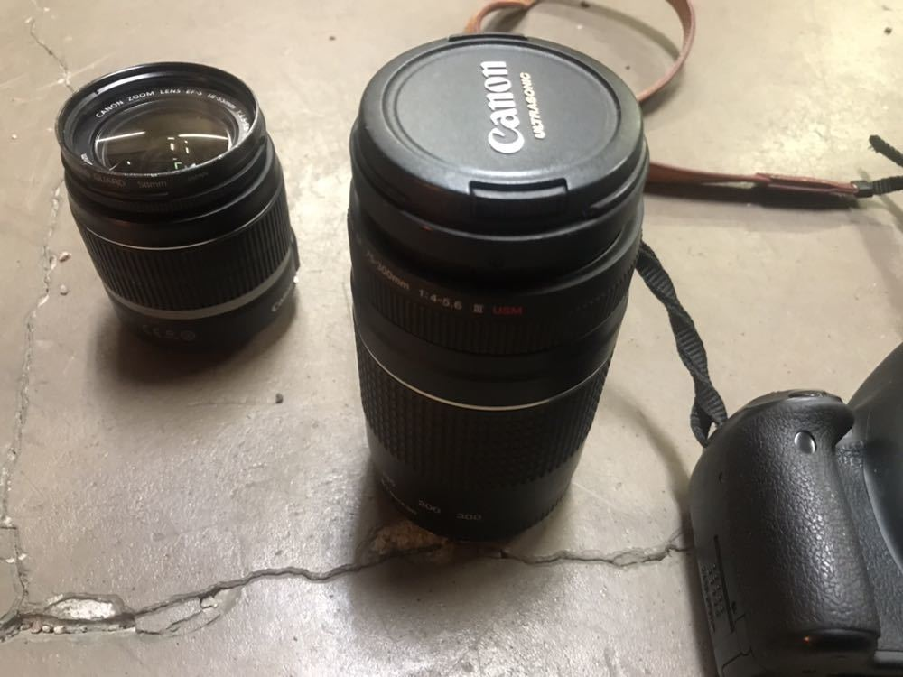 Canon キャノン EOS Kiss X4 ダブルズームキット カメラ デジタル 一眼 売り切り _画像4