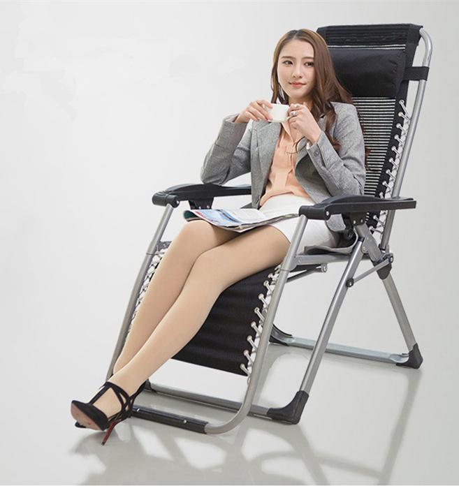 未使用 リクライニングチェア 折り畳み椅子メッシュ布 通気性耐久性よい アウトドア用品 休憩ベッド 枕付き オフィス野外休憩_画像3