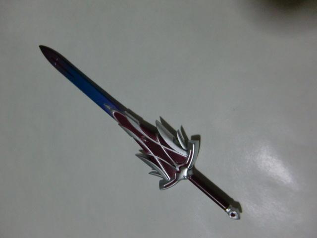 figma 赤のセイバー 宝具展開状態 クレラントブラッドアーサー 剣パーツのみ フィギュア用 武器