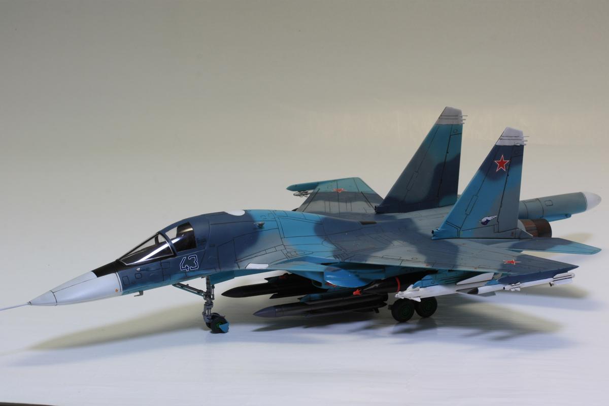 1/72 タミヤ(イタレリ) ウォーバードコレクション スホーイ SU-34 フルバック 塗装済み完成品