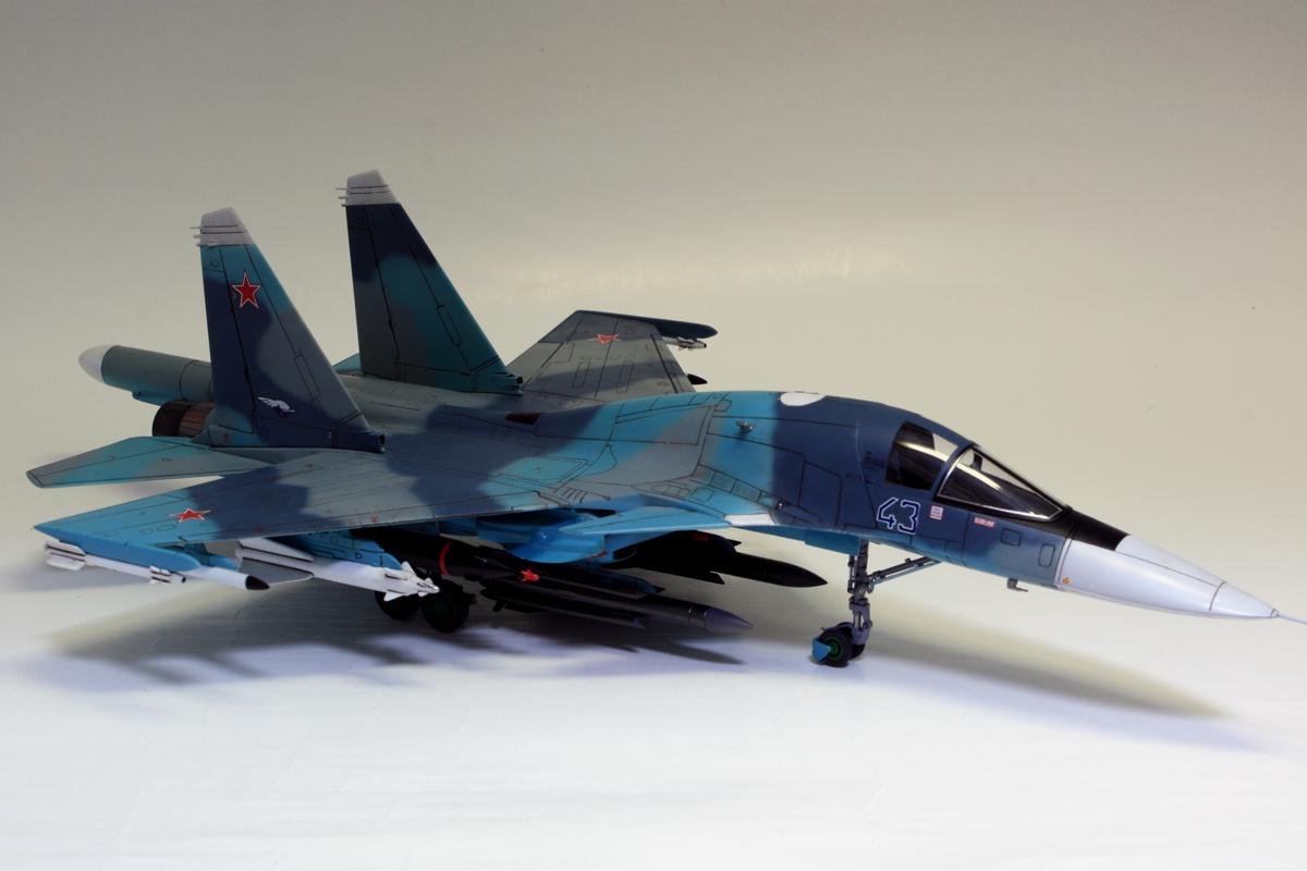 1/72 タミヤ(イタレリ) ウォーバードコレクション スホーイ SU-34 フルバック 塗装済み完成品_画像4