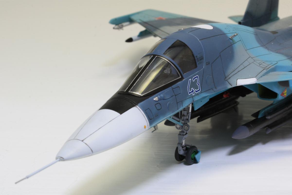 1/72 タミヤ(イタレリ) ウォーバードコレクション スホーイ SU-34 フルバック 塗装済み完成品_画像5