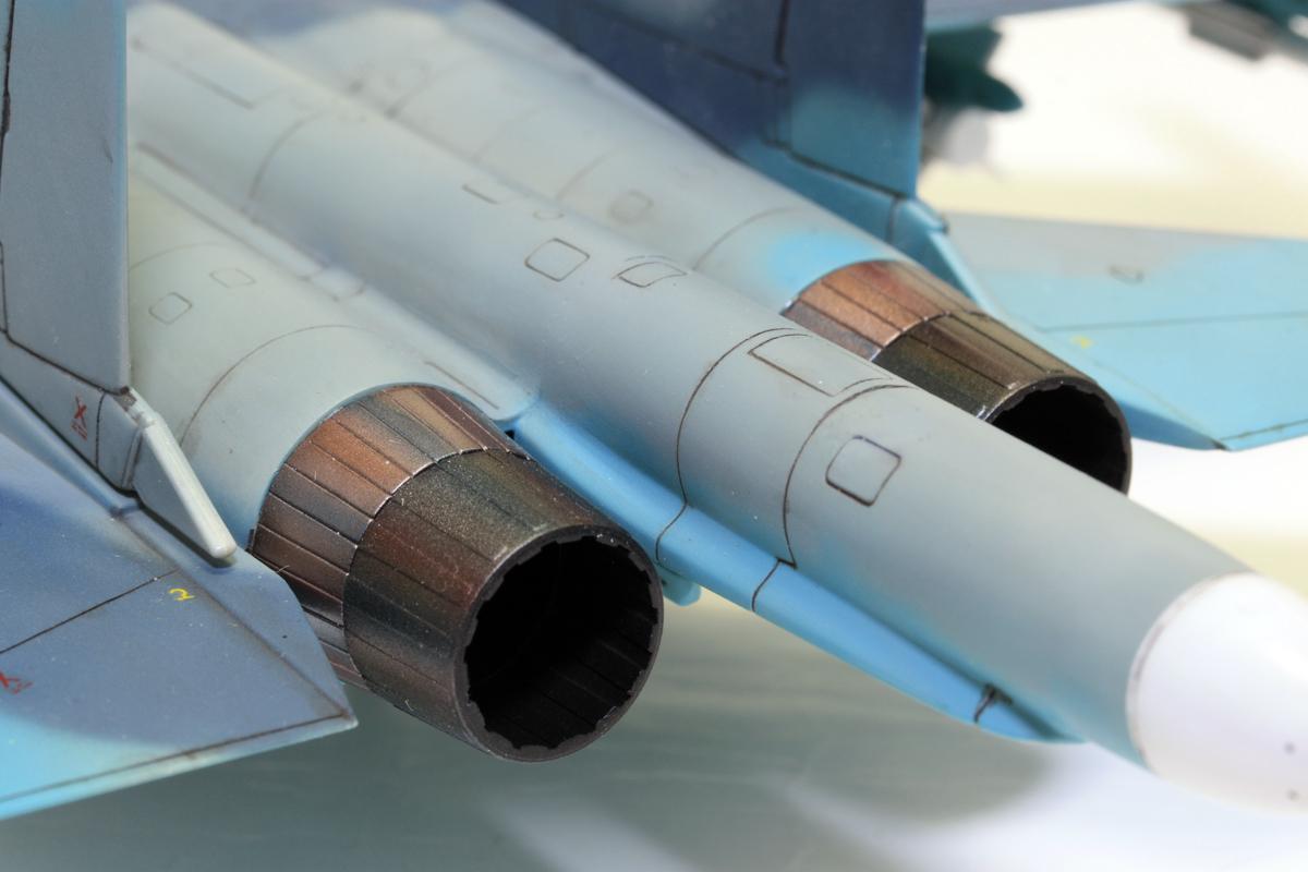 1/72 タミヤ(イタレリ) ウォーバードコレクション スホーイ SU-34 フルバック 塗装済み完成品_画像8