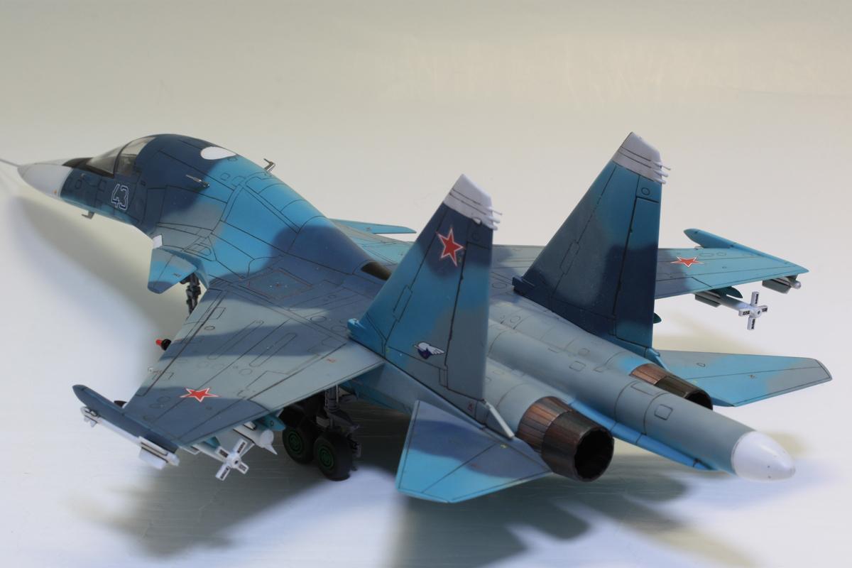 1/72 タミヤ(イタレリ) ウォーバードコレクション スホーイ SU-34 フルバック 塗装済み完成品_画像9