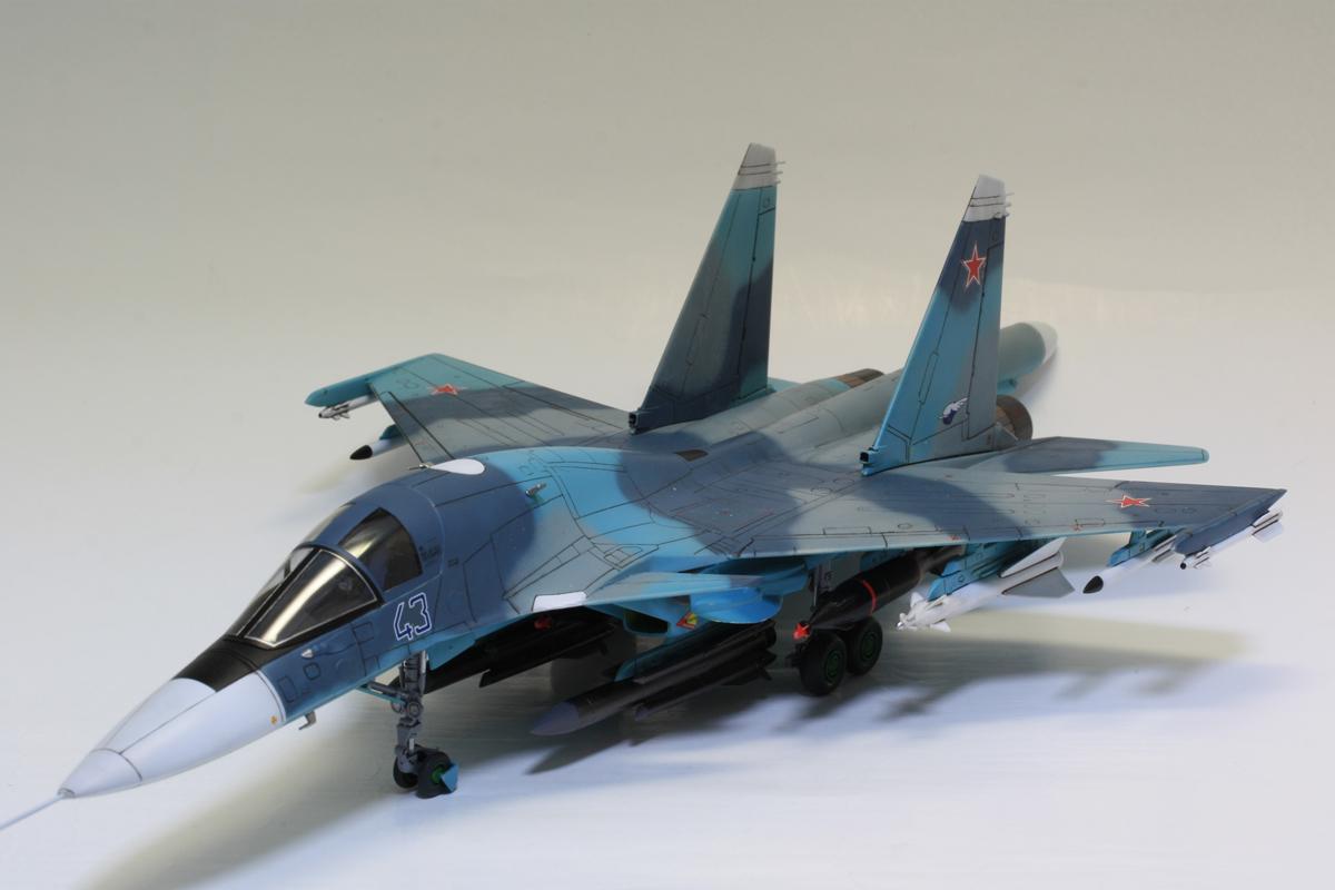 1/72 タミヤ(イタレリ) ウォーバードコレクション スホーイ SU-34 フルバック 塗装済み完成品_画像10