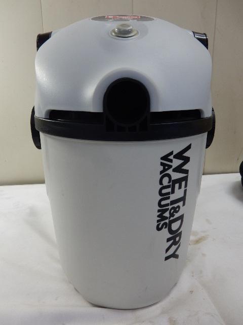 乾湿両用掃除機 E-Value EVC-100P 集塵容量7L 吸水容量5L 動作品_画像6