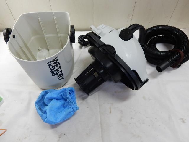 乾湿両用掃除機 E-Value EVC-100P 集塵容量7L 吸水容量5L 動作品_画像3