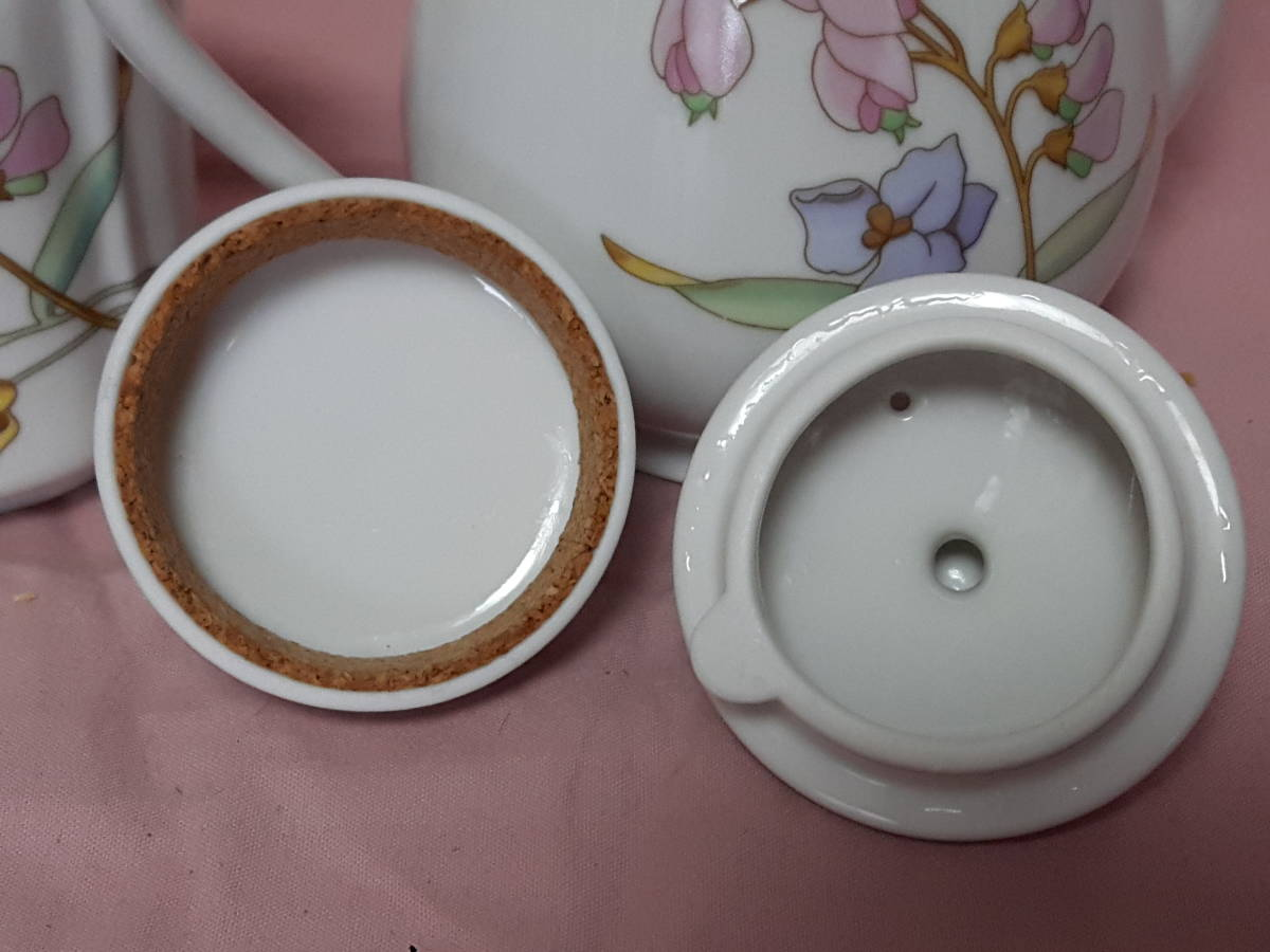 スコットランド製  ポット、紅茶入れ 花柄 陶器 小さい _画像9