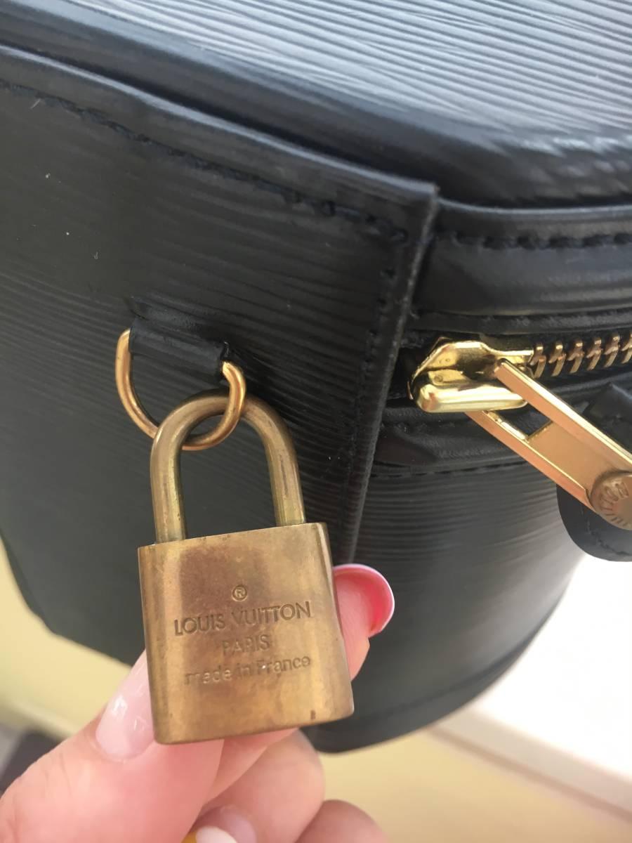 ルイヴィトン Louis Vuitton エピ ブラック 黒_画像4
