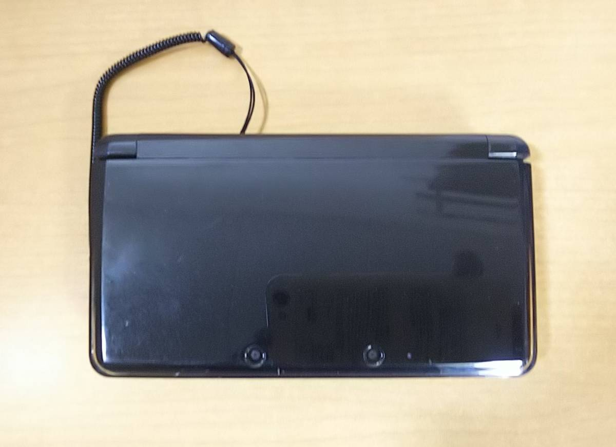任天堂 3DS ブラック 本体 充電器 タッチペン SDカード付  NINTENDO 3DS_画像2