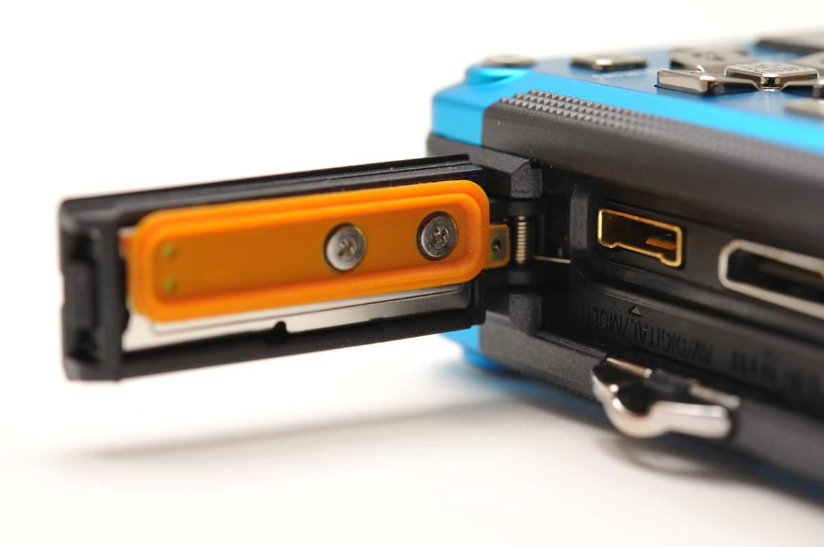 良品 パナソニックPanasonic DMC-FT2 スプラッシュブルー 付属品全て有り 元箱のみ無し 防水カメラ_画像8