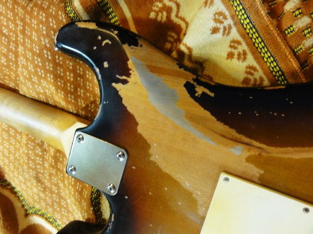 ☆☆Heavy Relic Vintage Sunburst Stratocaster Belden 配線材 レリック 調整済み☆☆_画像8