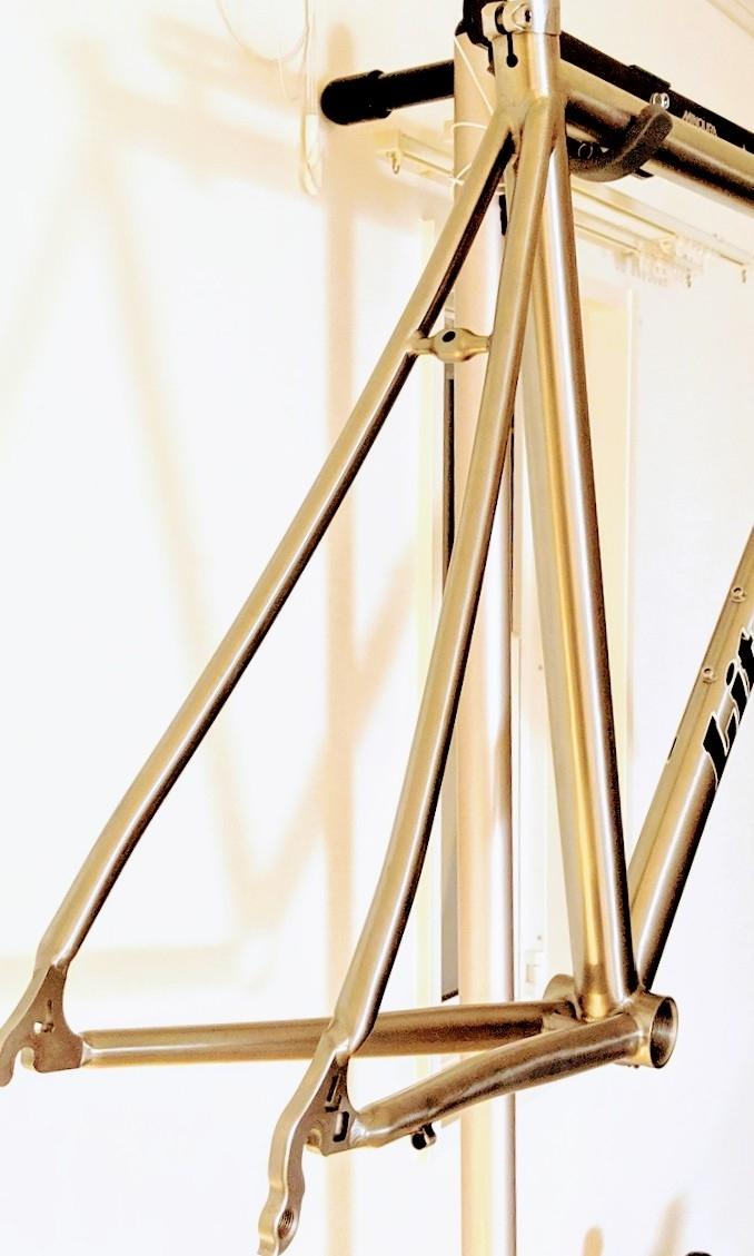 28万円を★ライトスピード LITE SPEED チタン フレーム & カーボンフォーク セット TASCANY ホリゾンタル Mサイズ made in USA 一生モノ Ti_画像9