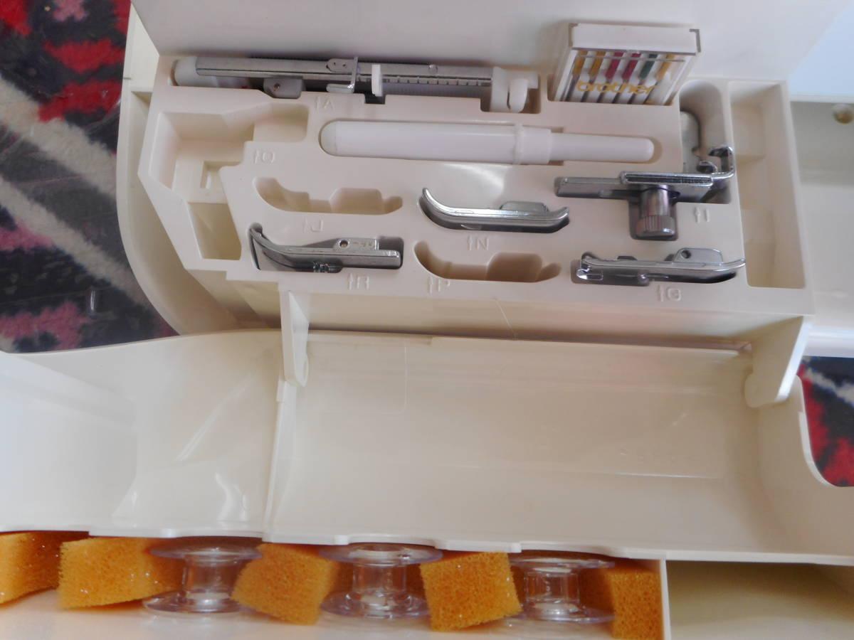専門店より ブラザーZZ3-B833 LAINAGE 日本製 使用頻度極少 文字 模様 ジーンズOK_画像5