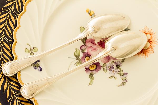 ピュイフォルカ ティースプーンx2 バイオリン型 銀無垢 【y61】フランス・アンティーク・カトラリー _画像4