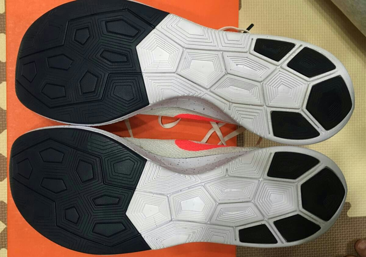Nike ヴェイパーフライ 4% フライニット 27.5cm ナイキ vapor fly vaporfly シューズ _画像4
