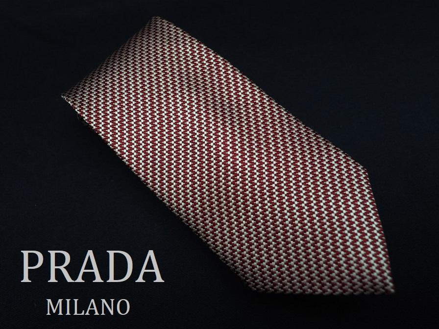 美品 PRADA プラダ ITALY イタリア製 【ベージュ 赤 シェブロン ストライプ】ネクタイ USED オールド ブランド シルク