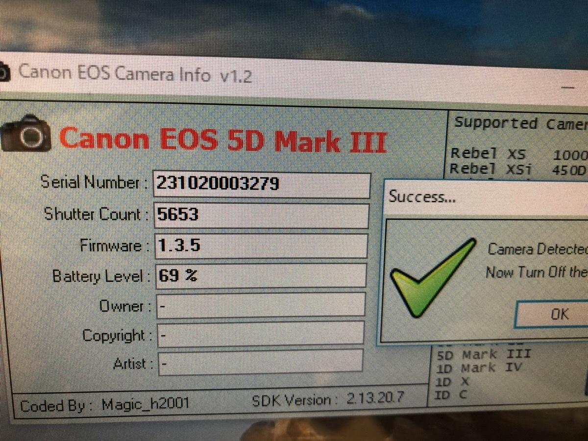 【S数5600回・新品同様】 CANON キヤノン EOS 5D Mark III マーク 3 ボディ 元箱 ★ストラップ未使用!新品と遜色ないコンディションです!_画像10