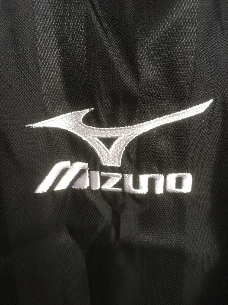 新品 ビッグサイズ MIZUNO ミズノ バックプリント付き ウインドブレーカー ピステ上下 セットアップ XO 黒×白_画像3