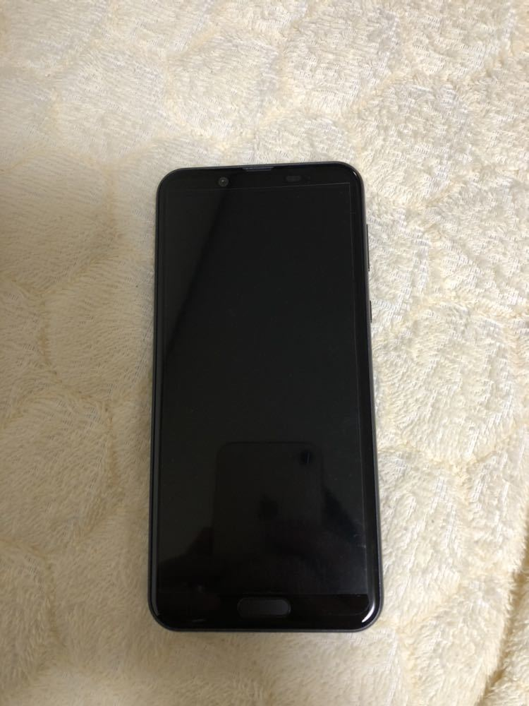 新品未使用 AQUOS sense2 SHV43 黒 au SIMロック解除済 1円~売り切り_画像2