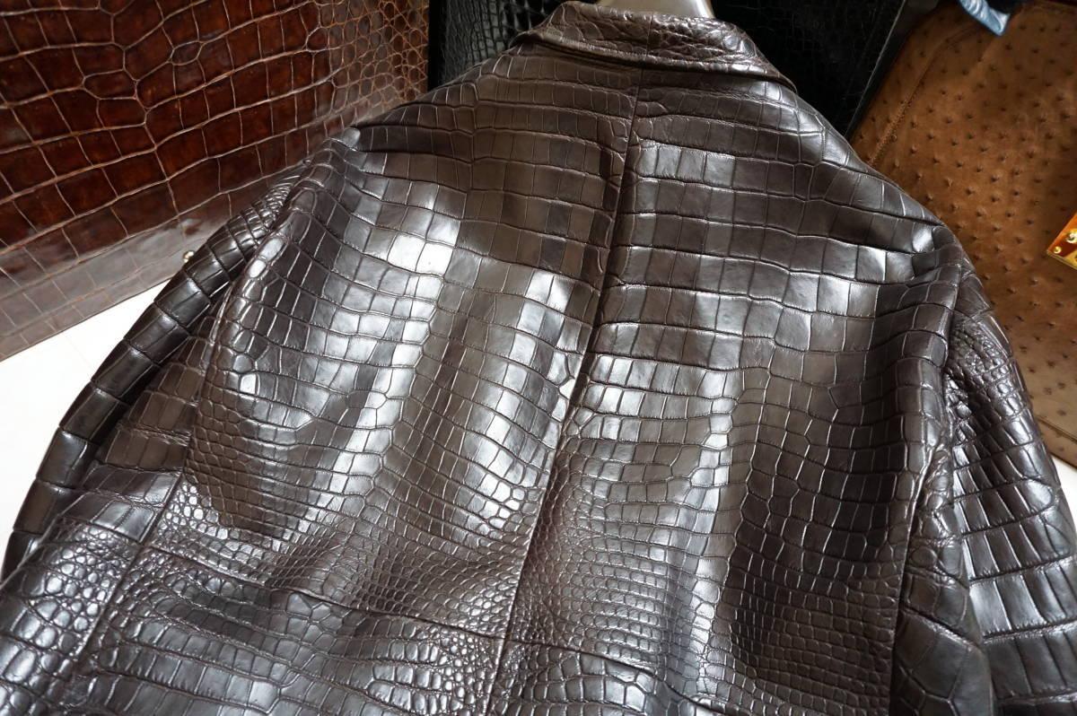 6100/ 新品同様 ポロサスマット クロコダイル 世界に一つのオーダーメイド 1000万超 最高級ワニ革 クロコ ジャケット キングサイズ_画像9