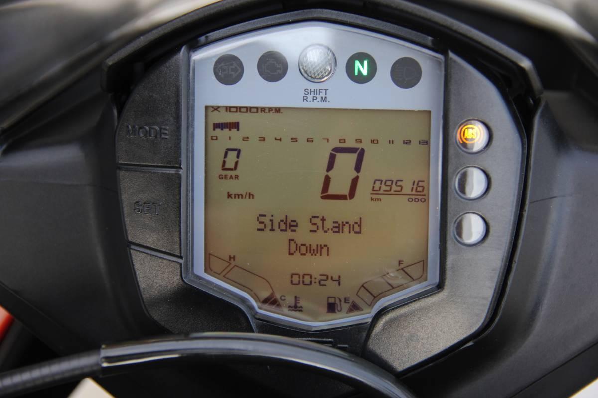 ★美車!!★格安!!★低走行9516km!!★ KTM RC250 ★2017モデル!★ライトウェイトスーパースポーツ★ 検)CBR250RNSRGSXRYZFZCRSKTMDUKE250125_画像8