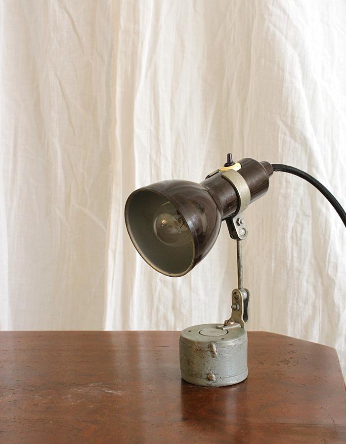 インテリア フランスアンティーク インダストリアルデスクランプ テーブルランプ 卓上照明 ライト 工業系 ひとり暮らし 新生活 勉強机 LED_画像2