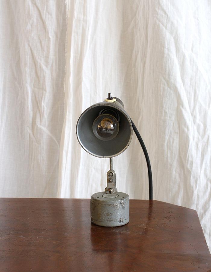 インテリア フランスアンティーク インダストリアルデスクランプ テーブルランプ 卓上照明 ライト 工業系 ひとり暮らし 新生活 勉強机 LED_画像3