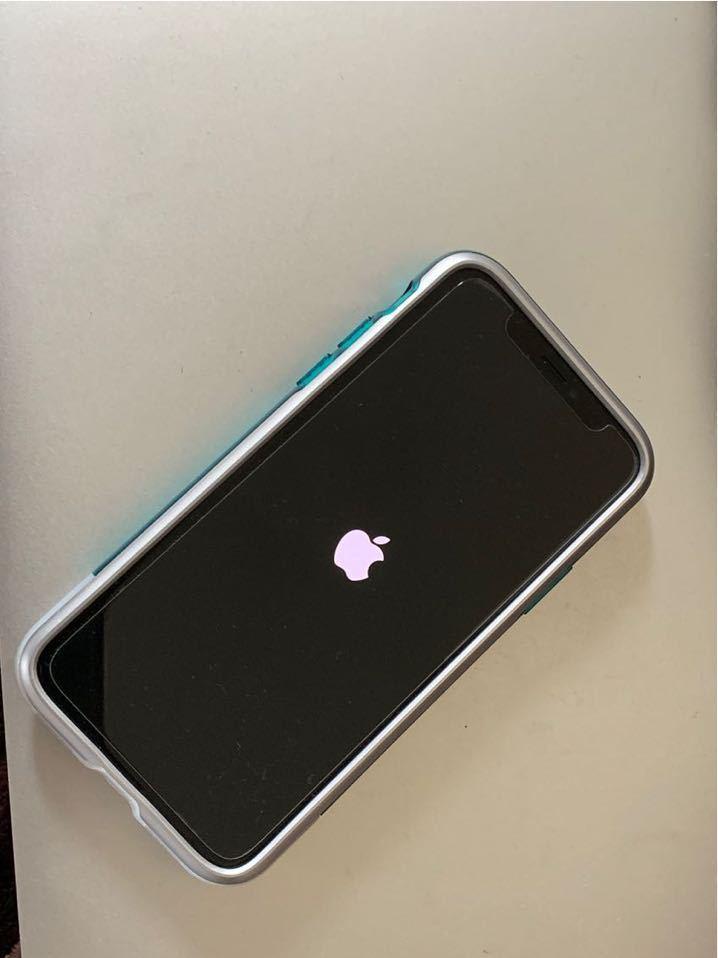 iPhone X 256GB SIMフリー シルバー Spigen 限定カバー付き 送料無料_画像2