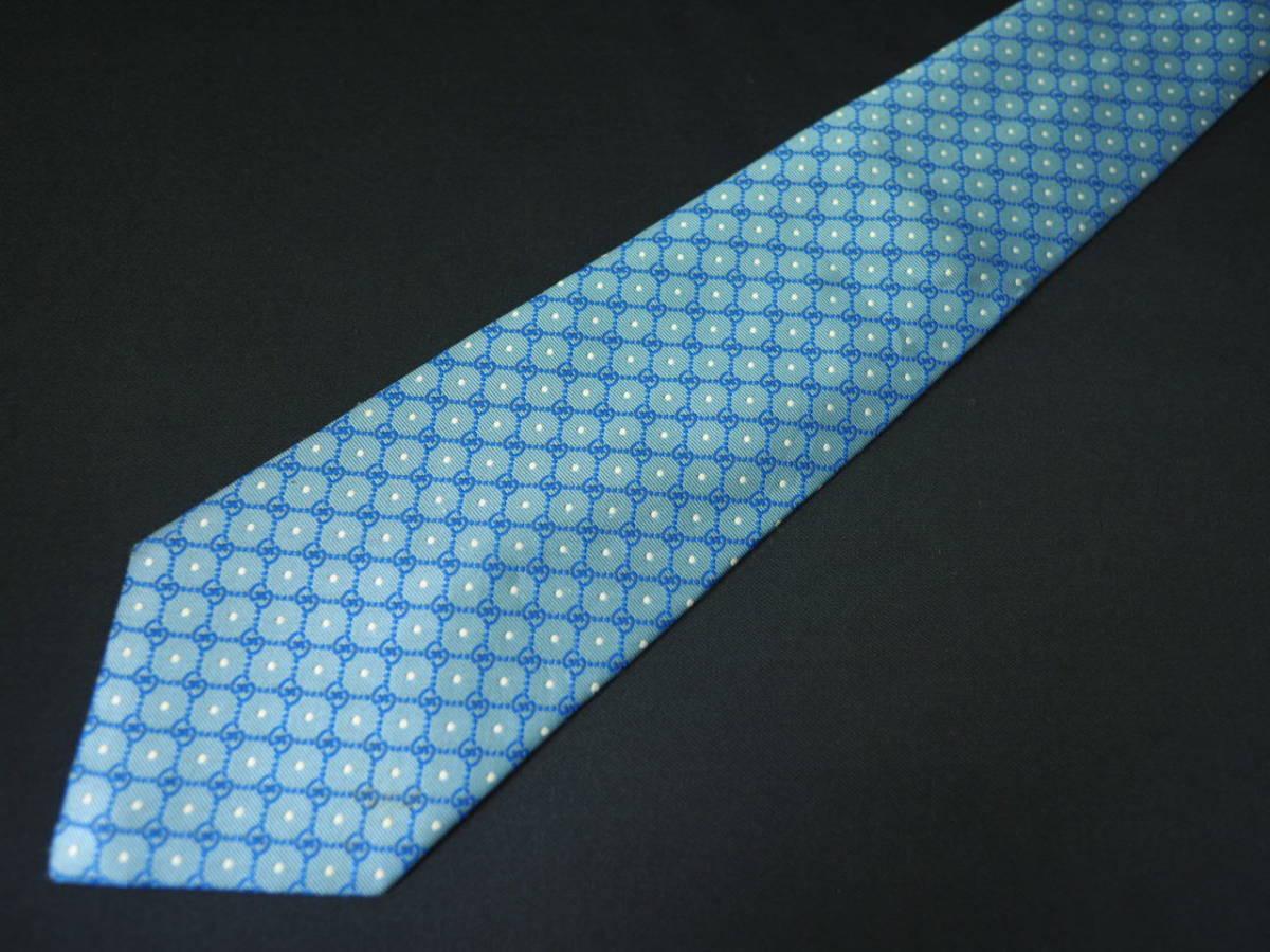 【Gucci】グッチ ITALY イタリア製 アイスブルー ホワイト 【G】ロゴ総柄 ドット USED オールド ブランドネクタイ SILK100% シルク_画像2