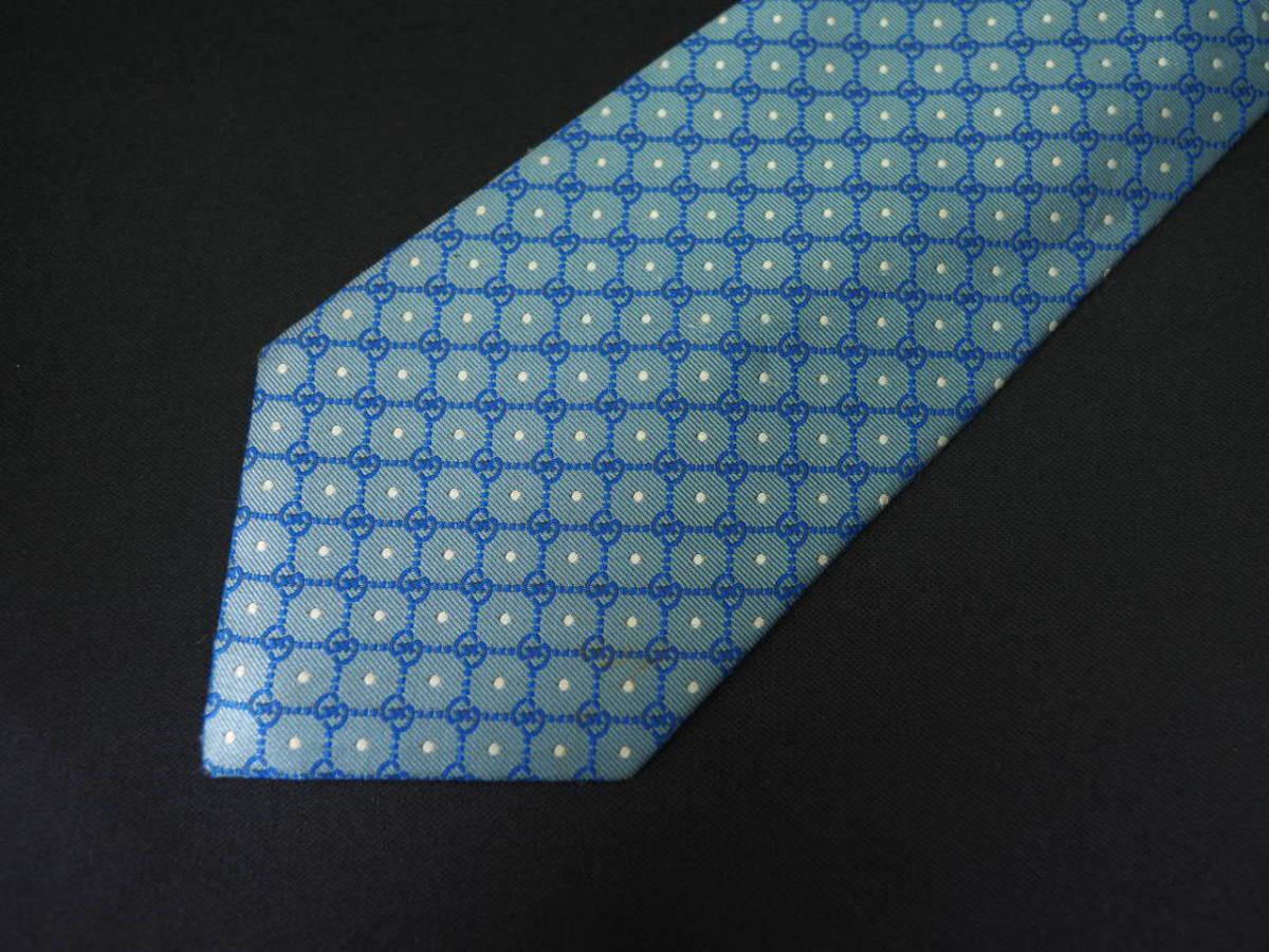 【Gucci】グッチ ITALY イタリア製 アイスブルー ホワイト 【G】ロゴ総柄 ドット USED オールド ブランドネクタイ SILK100% シルク_画像3