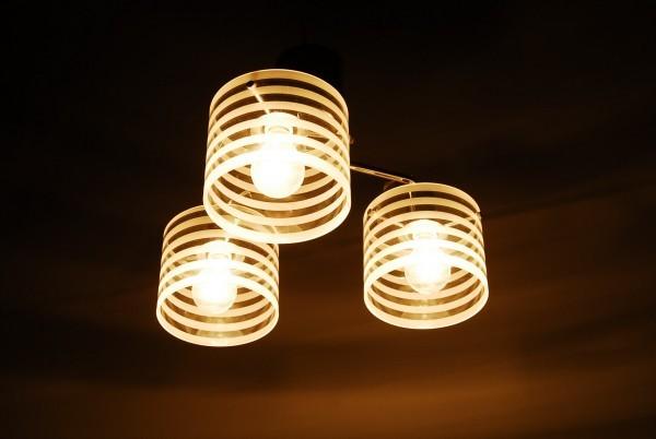 8764 3灯 シャンデリア インターフォルム LT-2073ST 天井照明 ガラスシェード_画像6