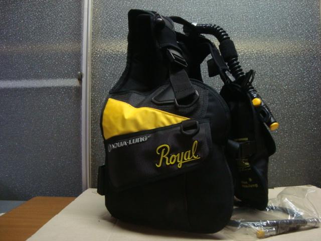 ★ AQUA-LUNG ★ 日本アクアラング BCジャケット 綺麗です Mサイズ_画像2