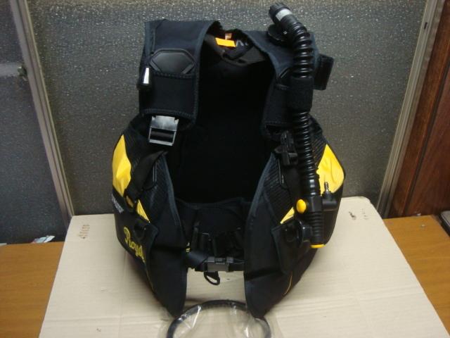 ★ AQUA-LUNG ★ 日本アクアラング BCジャケット 綺麗です Mサイズ