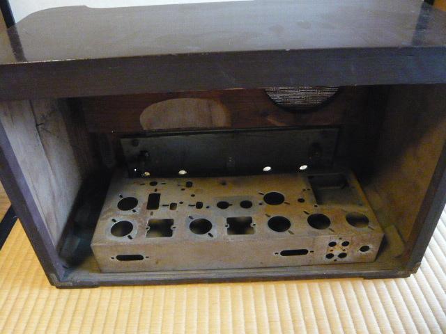 ジャンク 修理・部品取り用 ラジオのケース・シャーシ・部品の一部_画像2
