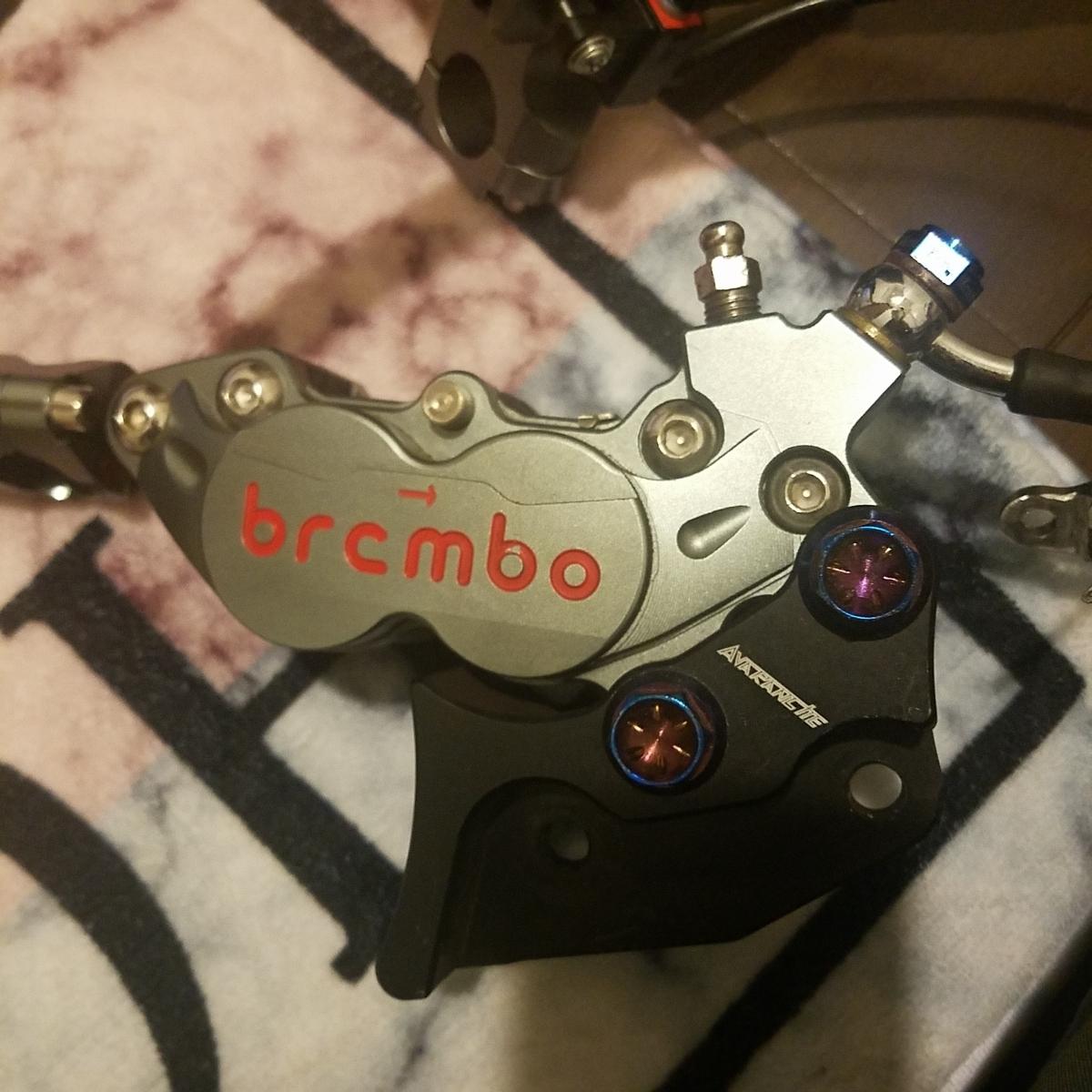 brembo ブレンボ タイプ 40mmピッチ キャリパー 左右 マスターシリンダー クラッチレバーホルダー セット ステンメッシュ80cm付き!_画像9