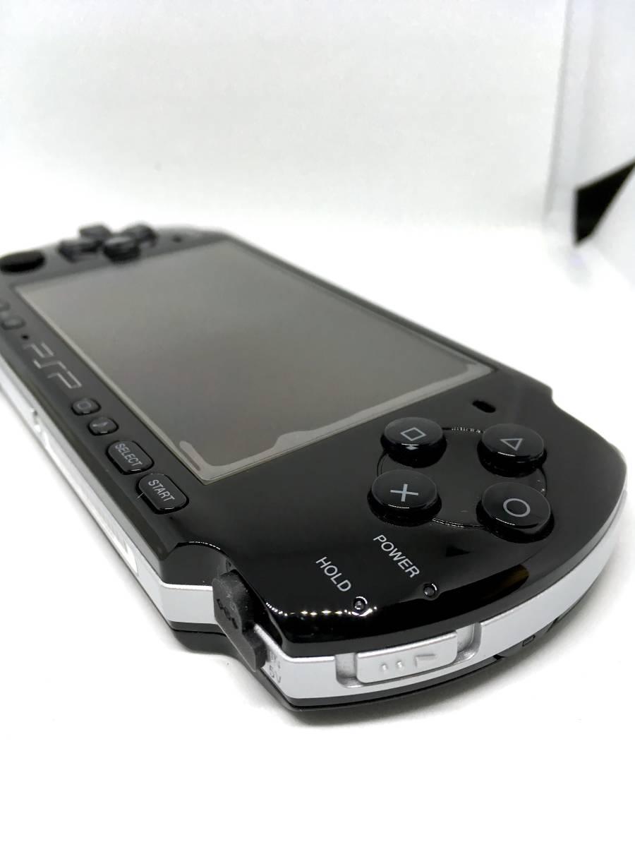 【 極 美品 】SONY PSP 3000 ピアノ ブラック 付属品完備 バッテリー メモリースティック付き 送料無料_画像3