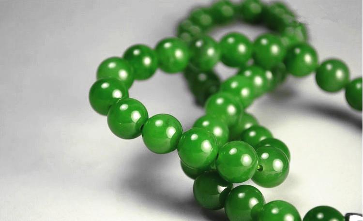 和田玉碧玉ネックレス 緑の玉のネックレス _画像3