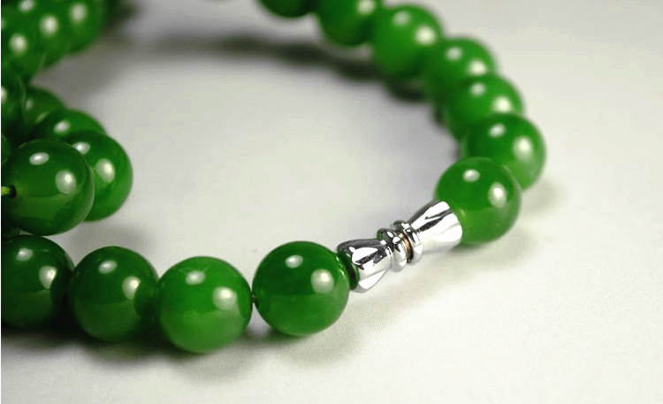 和田玉碧玉ネックレス 緑の玉のネックレス _画像5