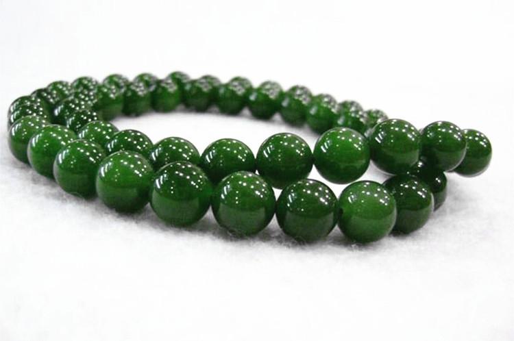 和田玉碧玉ネックレス 緑の玉のネックレス _画像2