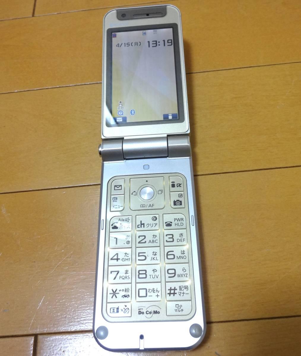 ガラケー本体 docomo P904i NTT ドコモ OMA 携帯電話 白ロム