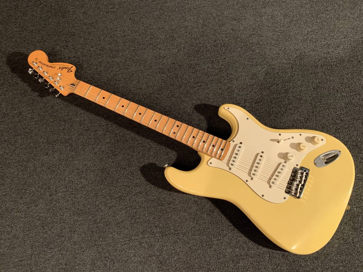 HS-3搭載 富士弦楽器製造 Fender Japan ST71-SC DK-250 YWH/M No.031419 オリジナルスキャロップ イングヴェイ・マルムスティーン _画像1