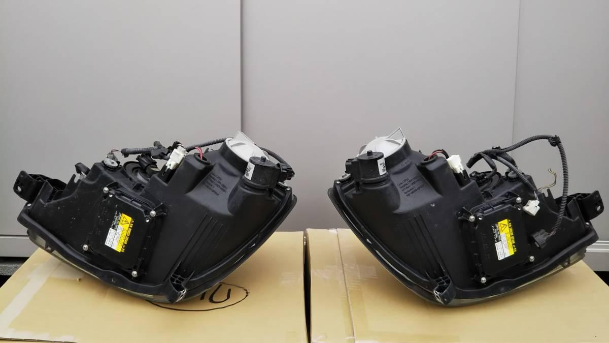 ブレビス ヘッドライト 左右セット 加工用または部品取りに _この写真で参考にして下さい