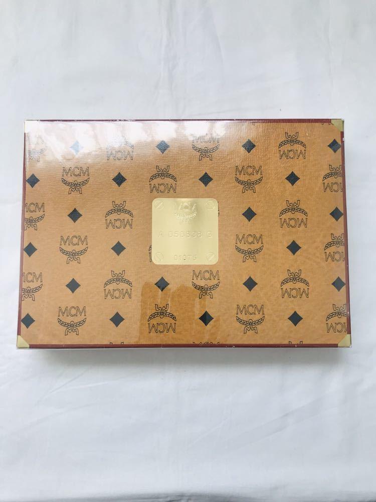 未使用 MCM ウォッシュタオル 2枚セット 総柄 ロゴ柄 茶 グレー 綿100%_画像5
