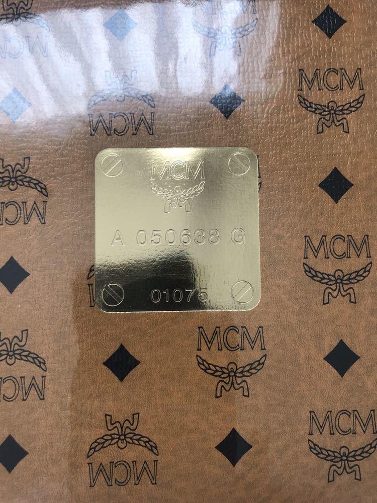 未使用 MCM ウォッシュタオル 2枚セット 総柄 ロゴ柄 茶 グレー 綿100%_画像6