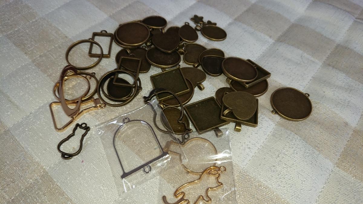 レジンセット 大量まとめ売り(宝石の雫、モールド、ラメなど多数)_画像7