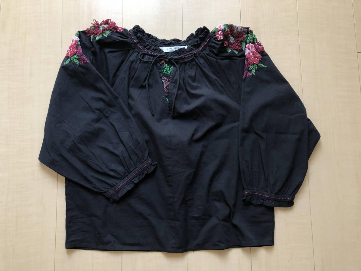 ZARA 黒フォークロア刺繍ブラウス S used