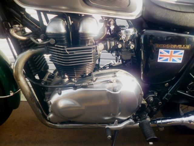 トライアンフ ボンネビル 個人出品 札幌 初期型モデル 865cc エンジン載せ換え公認_画像10